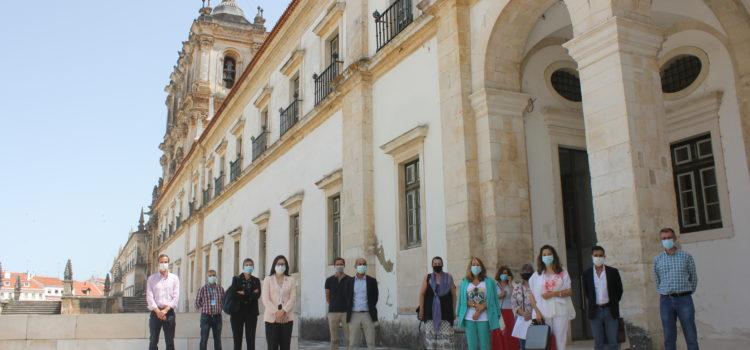 Obras de conservação das fachadas Norte e Poente no Mosteiro de Alcobaça vão finalmente avançar